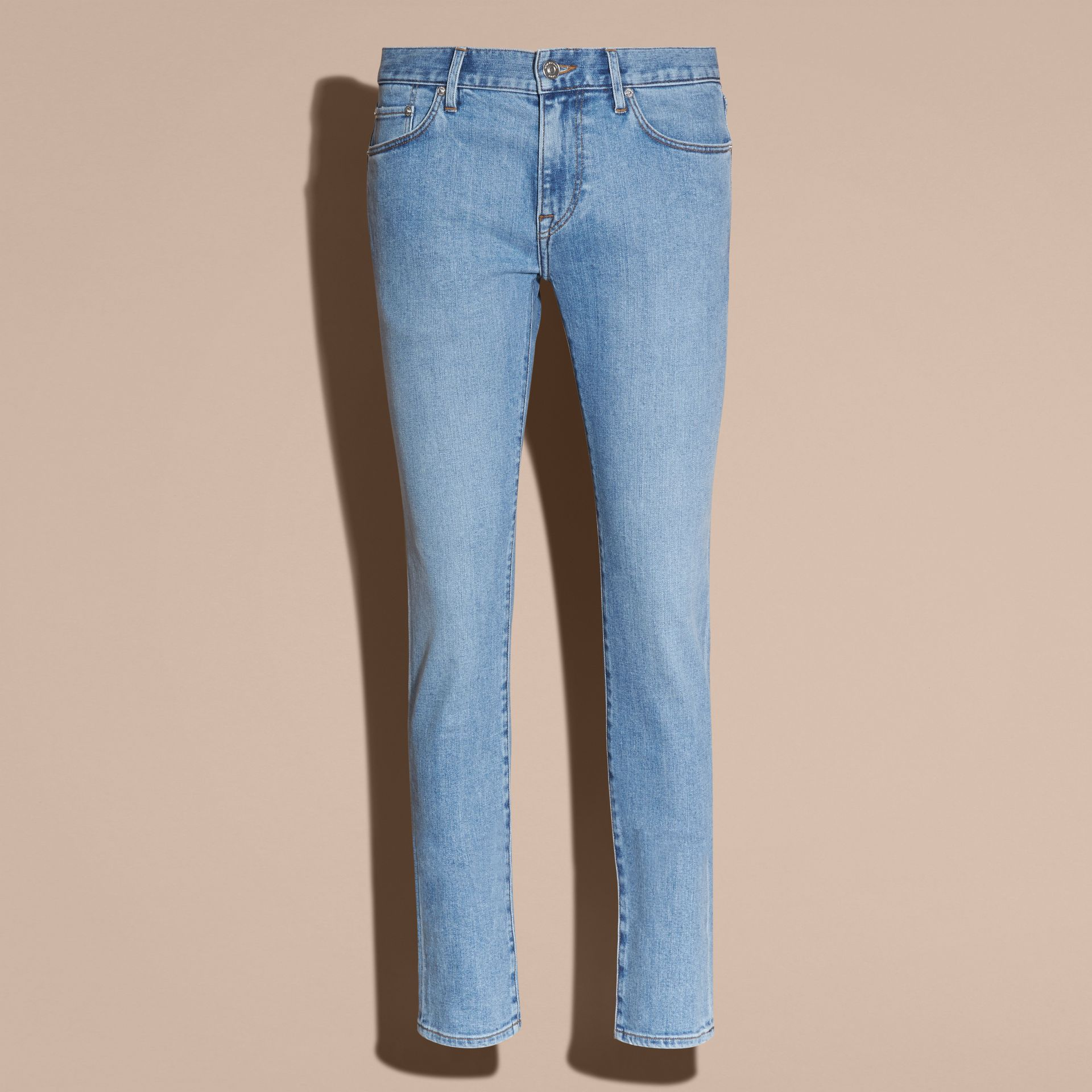 Indigo clair Jean slim stretch en denim japonais ultra-confortable - photo de la galerie 4