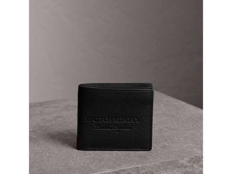Faltbrieftasche aus Leder mit Prägedetails (Schwarz) - Herren | Burberry - cell image 4