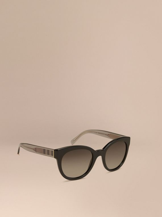 Check Detail Oval Frame Sunglasses Black