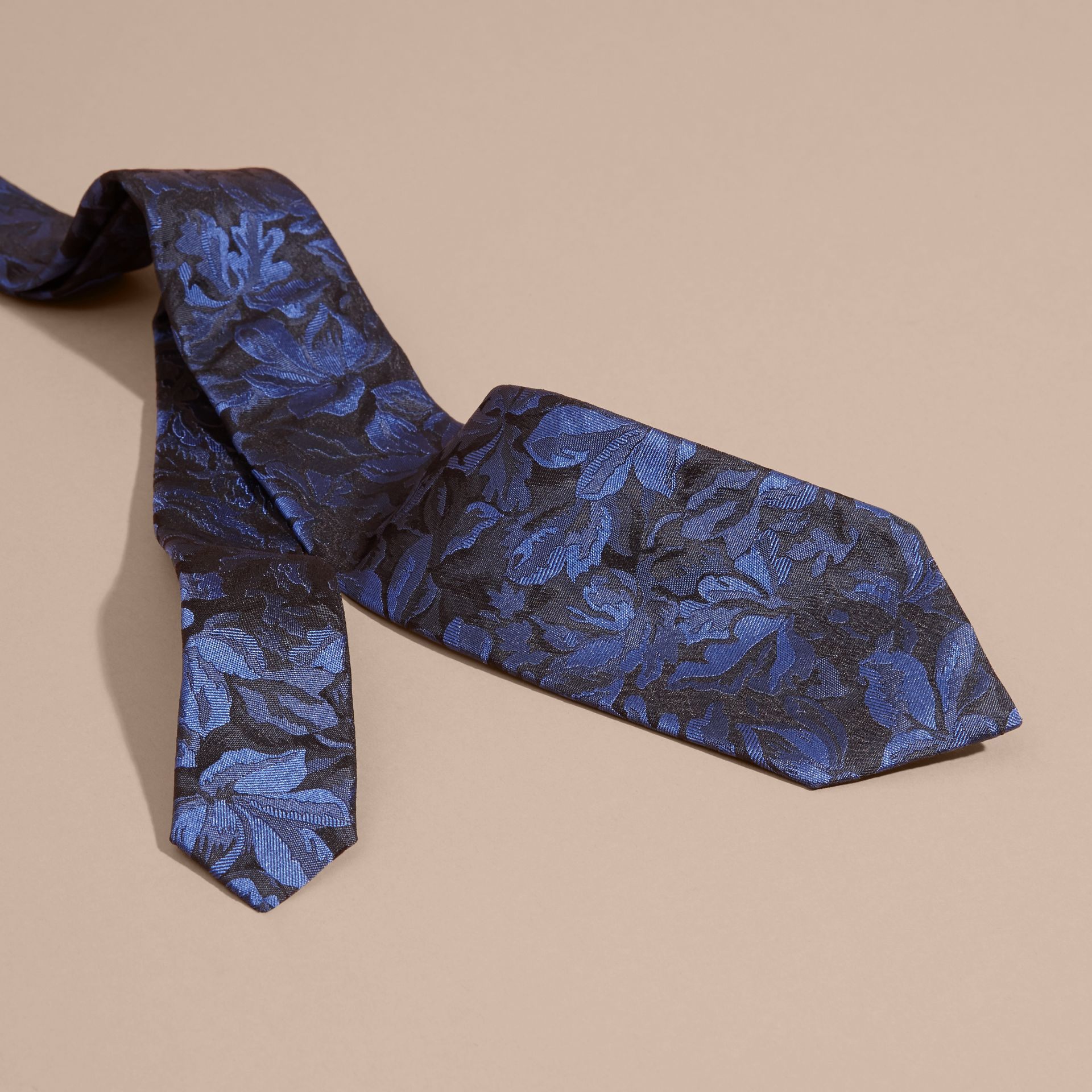 Navy Modern Cut Floral Jacquard Silk Tie Navy - gallery image 2