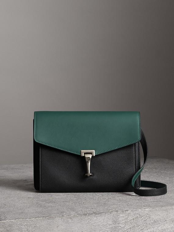 雙色皮革斜背包 (黑色/海洋綠)