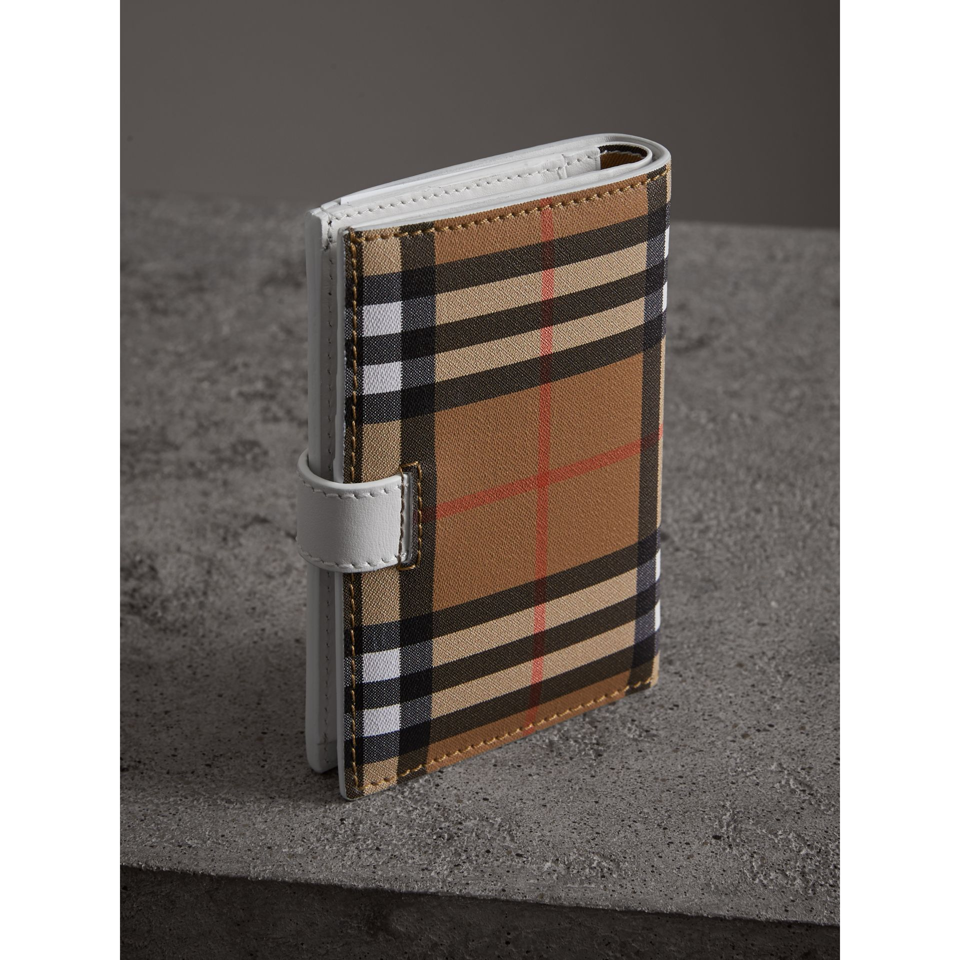 Vintage Check and Leather Folding Wallet in Chalk White - Women | Burberry Singapore - gallery image 2