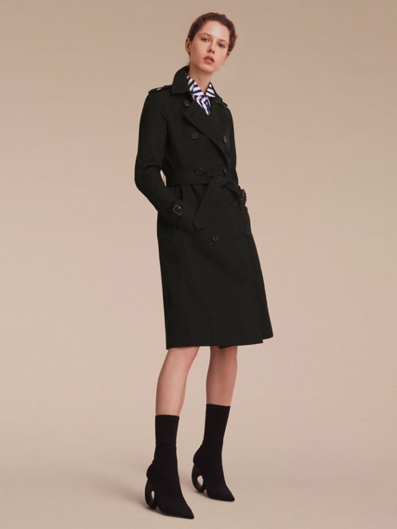 The Kensington – Extra-long Heritage Trench Coat in Black