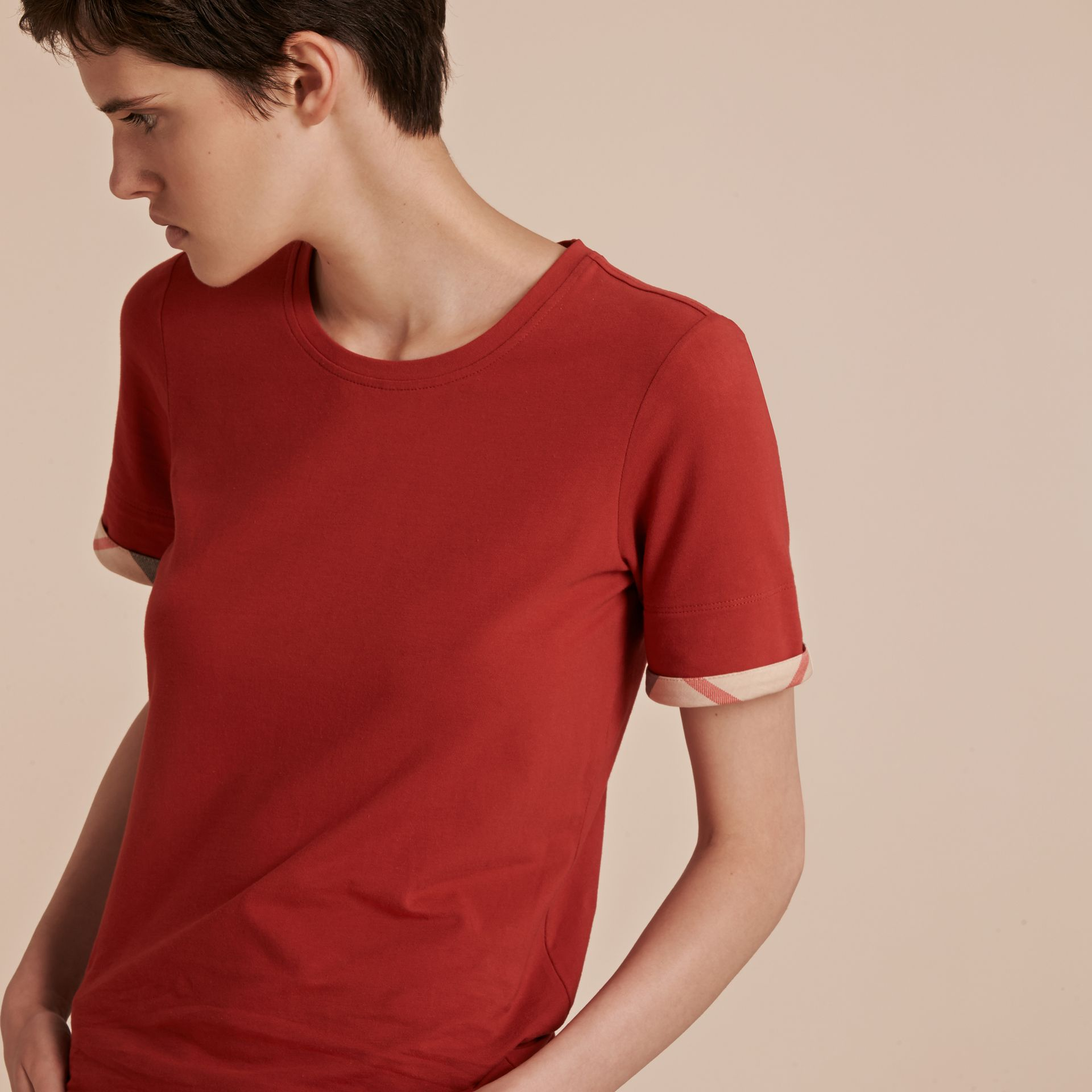 Check Cuff Stretch Cotton T-Shirt in Lacquer Red - gallery image 5