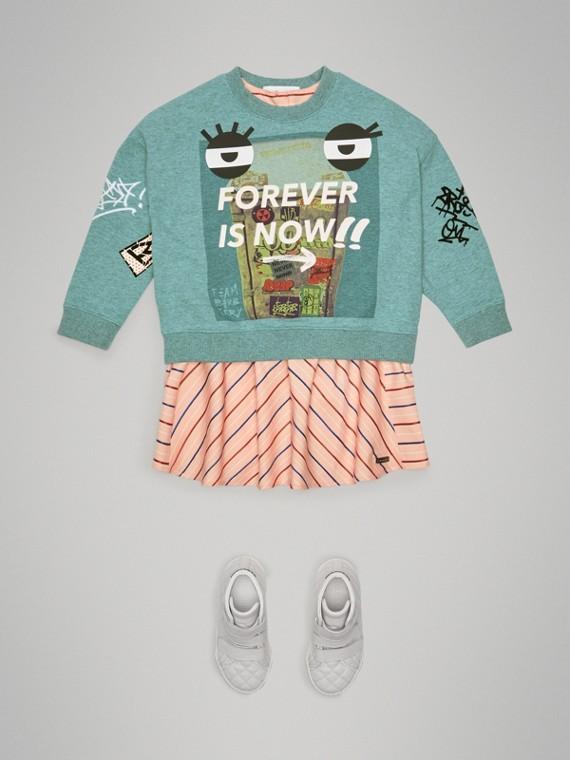 Suéter de algodão com estampa Forever is Now (Turquesa) - Menina | Burberry - cell image 2