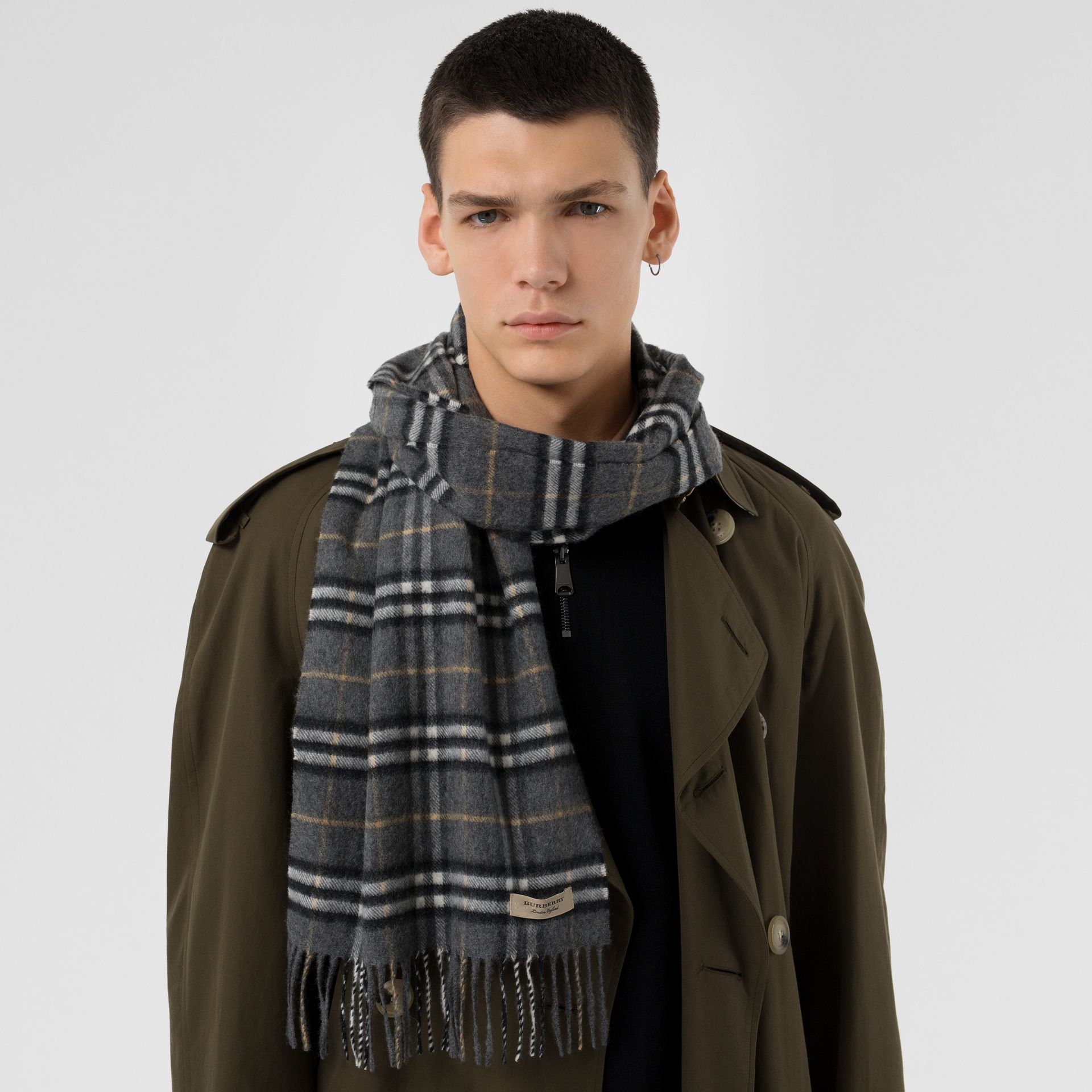 The Classic Vintage Check Cashmere Scarf in Pewter Grey | Burberry Australia - gallery image 6