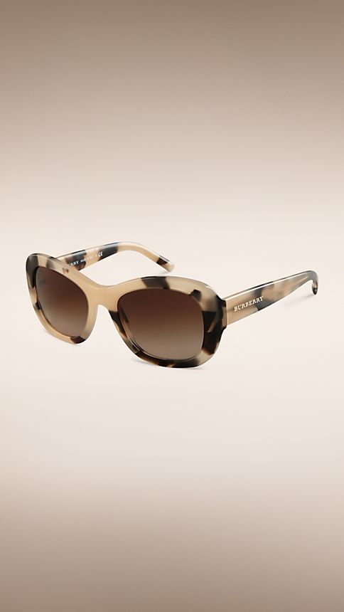 Mid tone horn Trench Collection Round Frame Sunglasses - Image 1