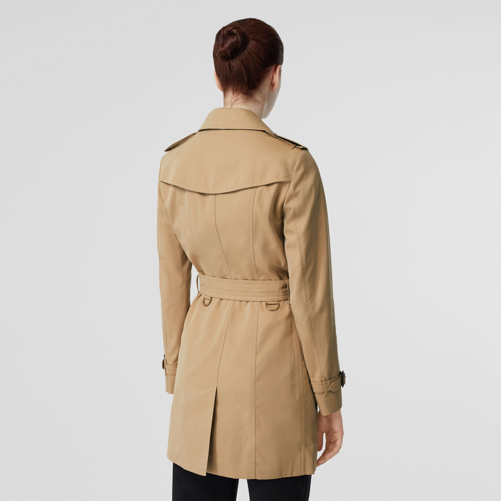 The Sandringham – Mid-length Trench Coat in Honey - Women | Burberry Singapore - gallery image 2
