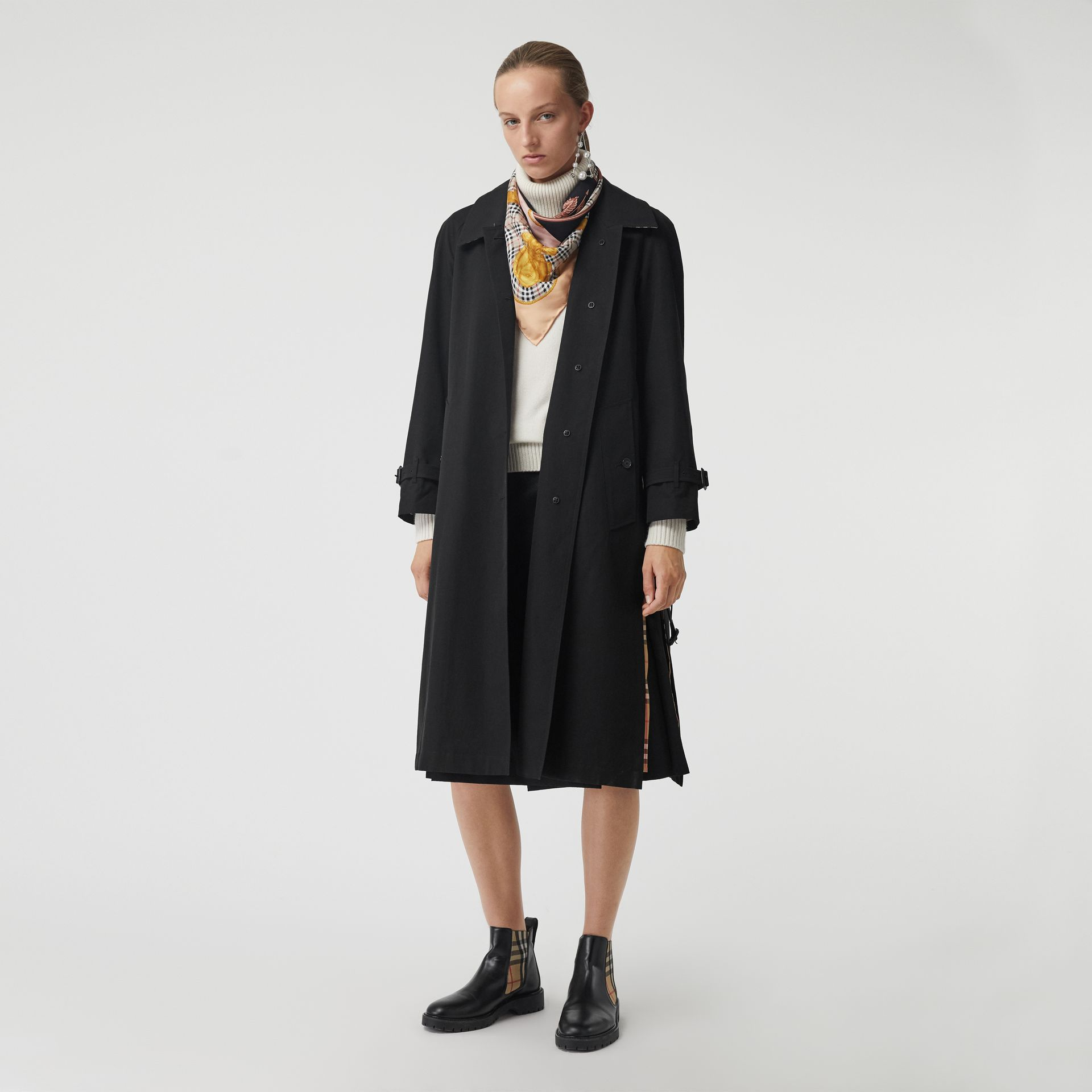 Side-slit Tropical Gabardine Trench Coat in Black - Women | Burberry - gallery image 0