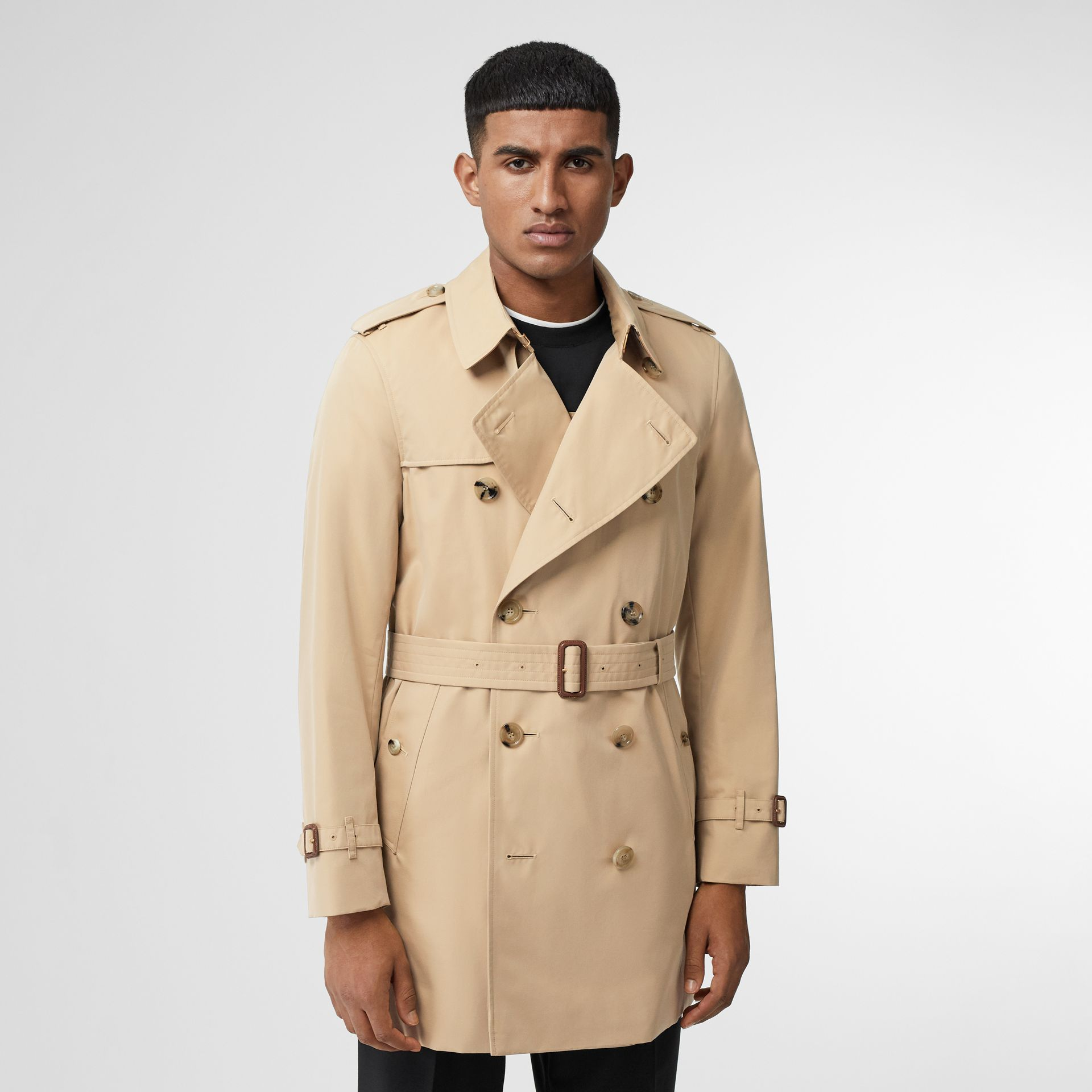 Short Chelsea Fit Trench Coat in Honey - Men | Burberry - gallery image 5