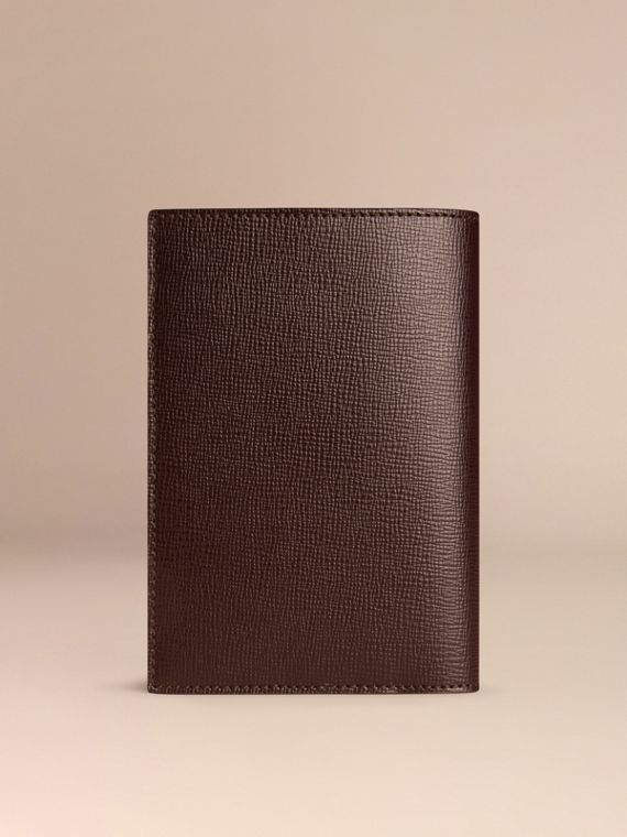 Wine London Leather Passport Cover Wine - cell image 2