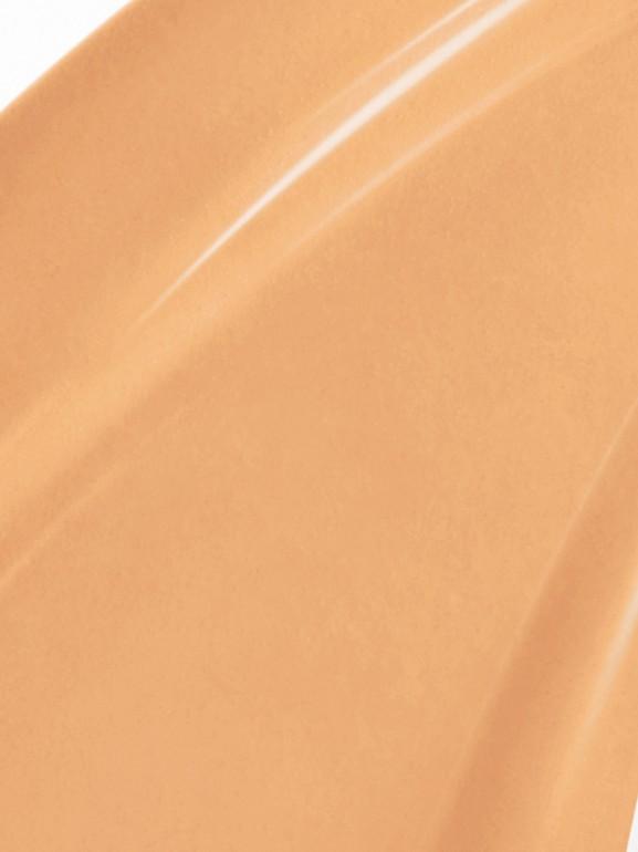 Burberry Cashmere Sunscreen SPF 20 – Honey No.32 - Women | Burberry United States - cell image 1