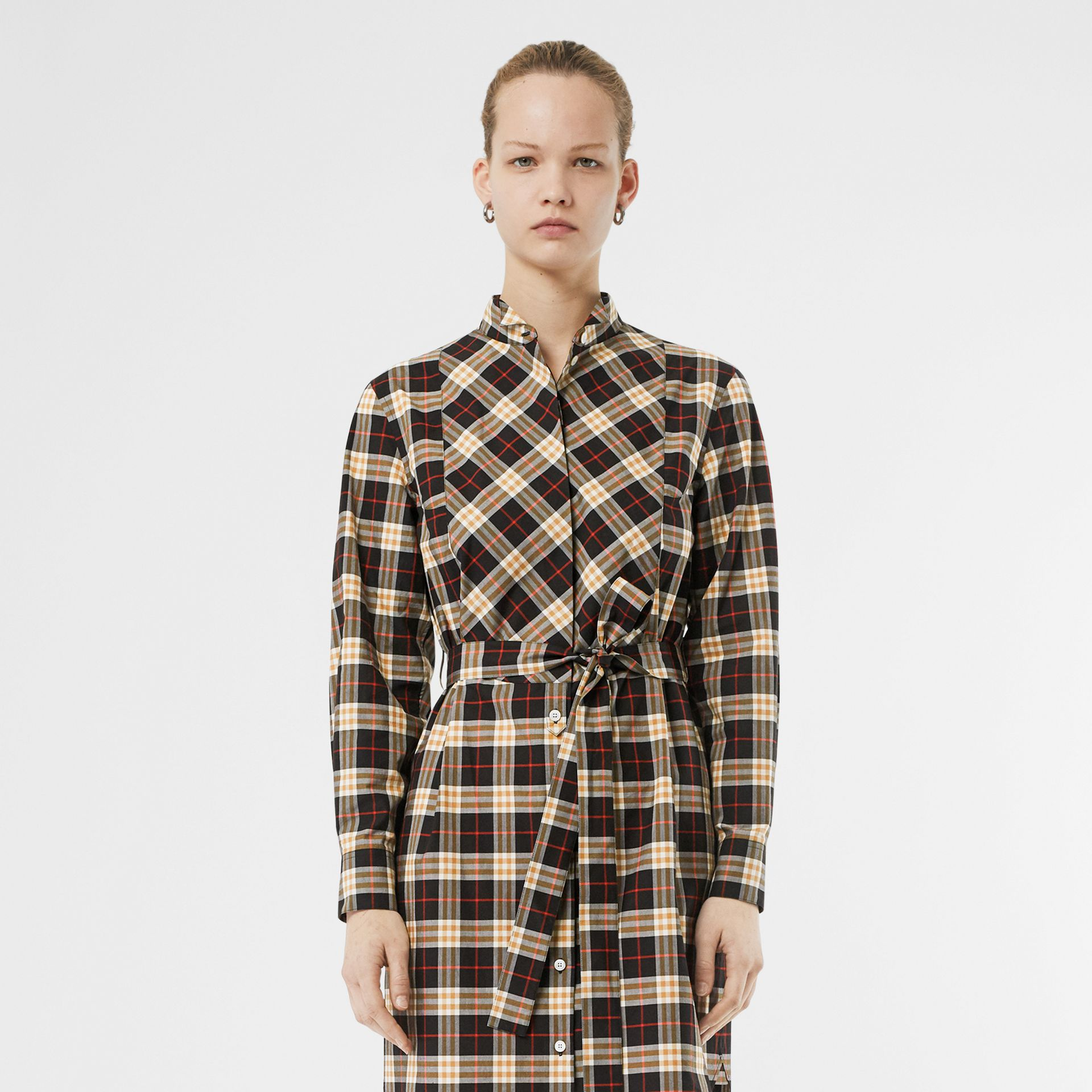 Check Cotton Tie-waist Shirt Dress in Midnight - Women | Burberry United States - gallery image 5