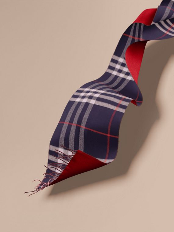 Oversize Check Cashmere and Block-colour Scarf
