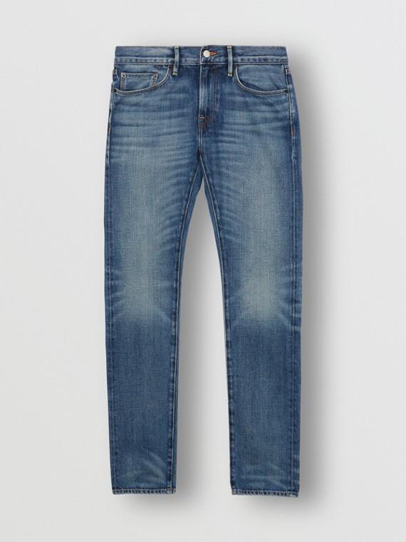 Jeans dal taglio aderente in denim cimosa giapponese lavato (Indaco Chiaro)