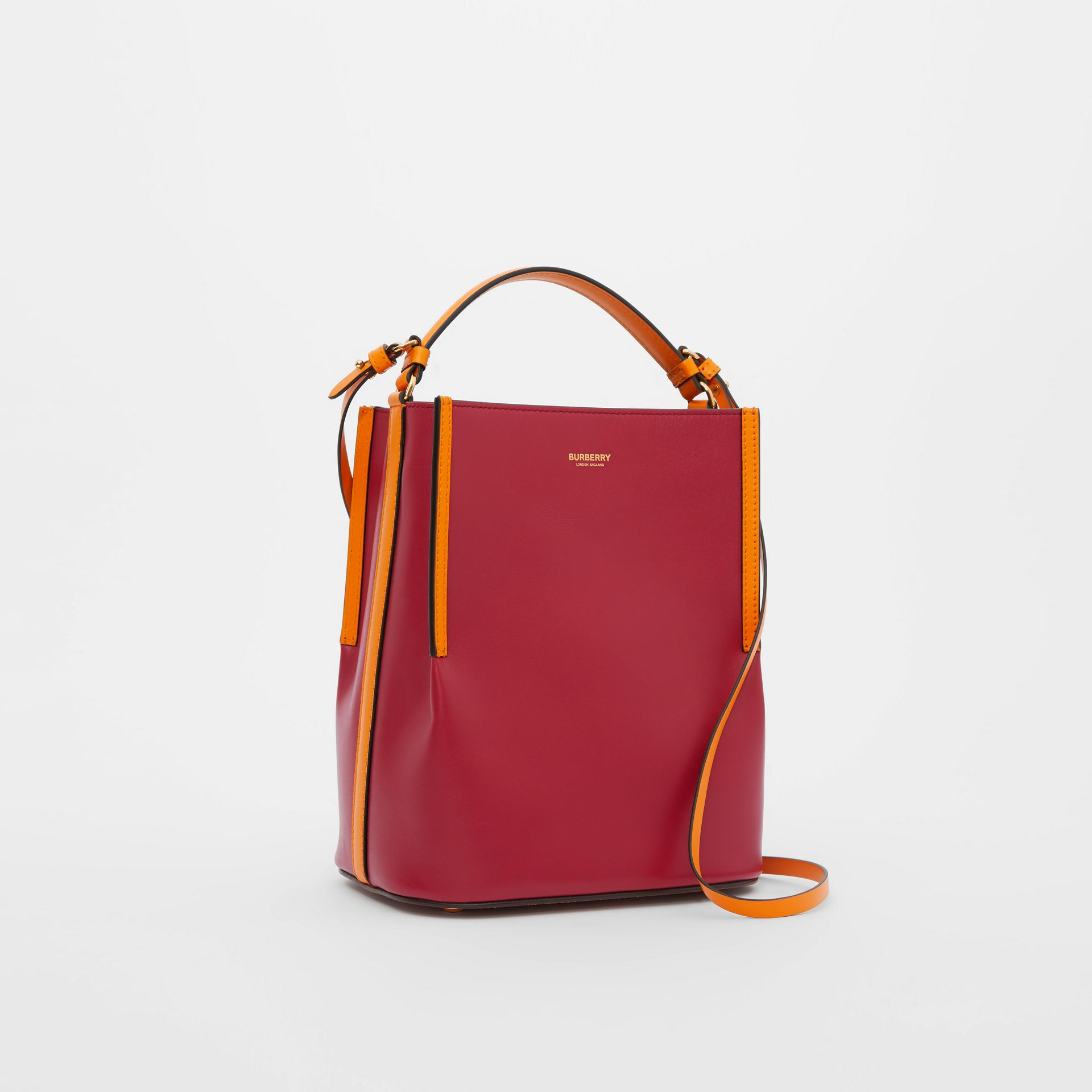 Small Two-tone Leather Peggy Bucket Bag in Crimson - Women | Burberry Australia - gallery image 3