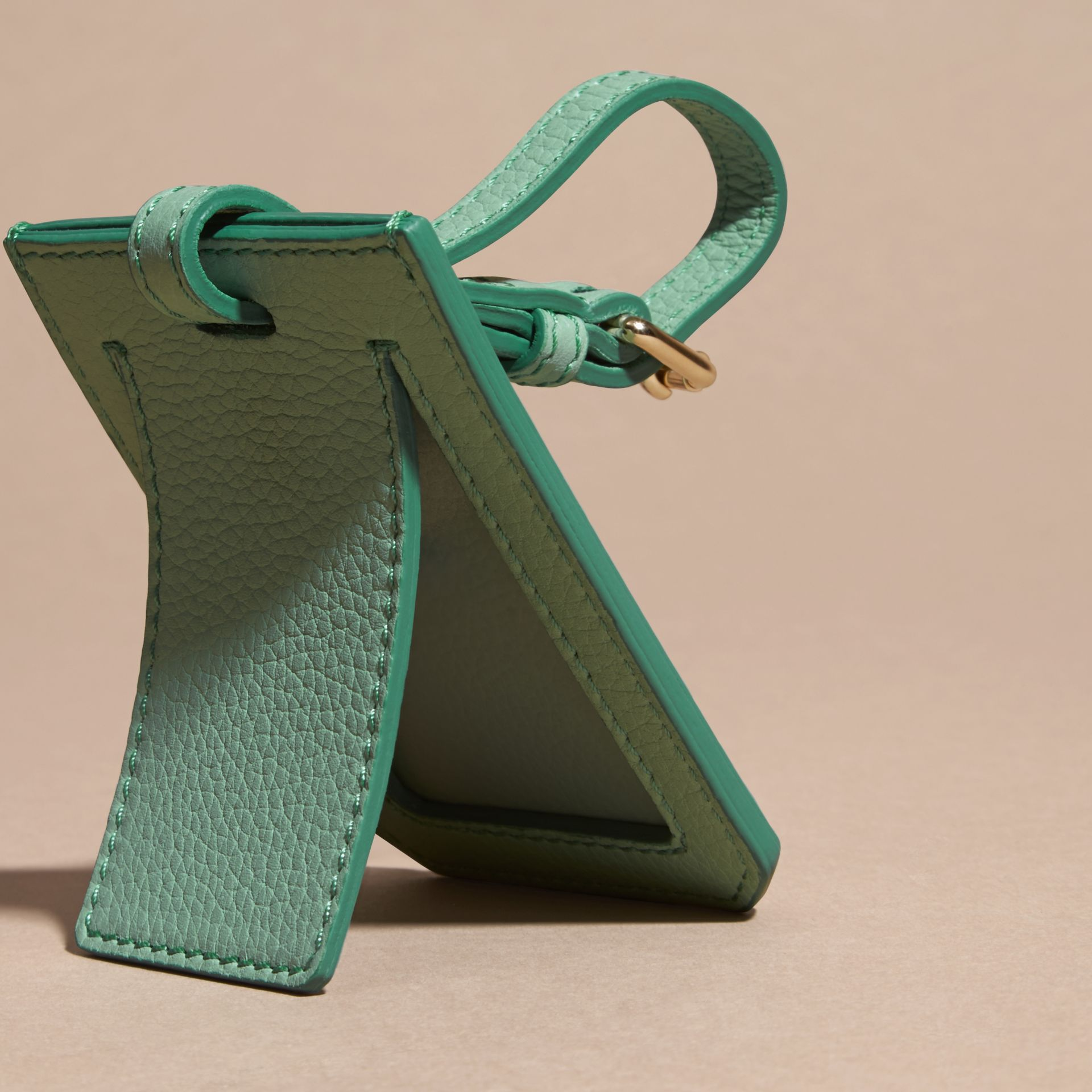 Light mint Grainy Leather Luggage Tag Light Mint - gallery image 2