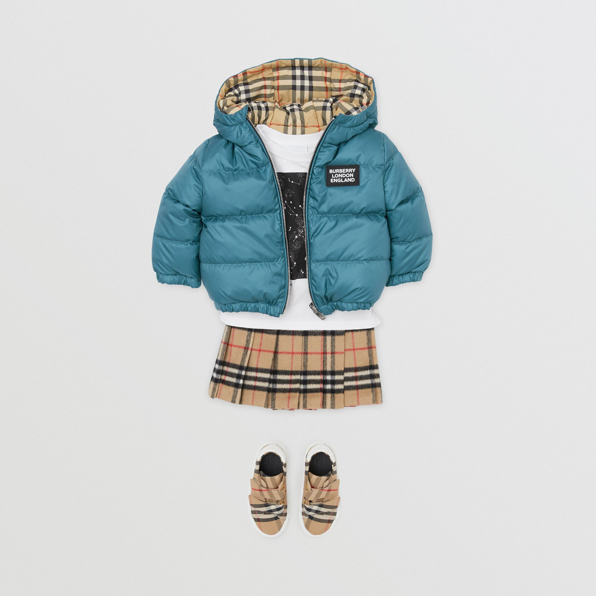 Reversible Vintage Check Down-filled Puffer Jacket in Dusty Blue - Children | Burberry - gallery image 2