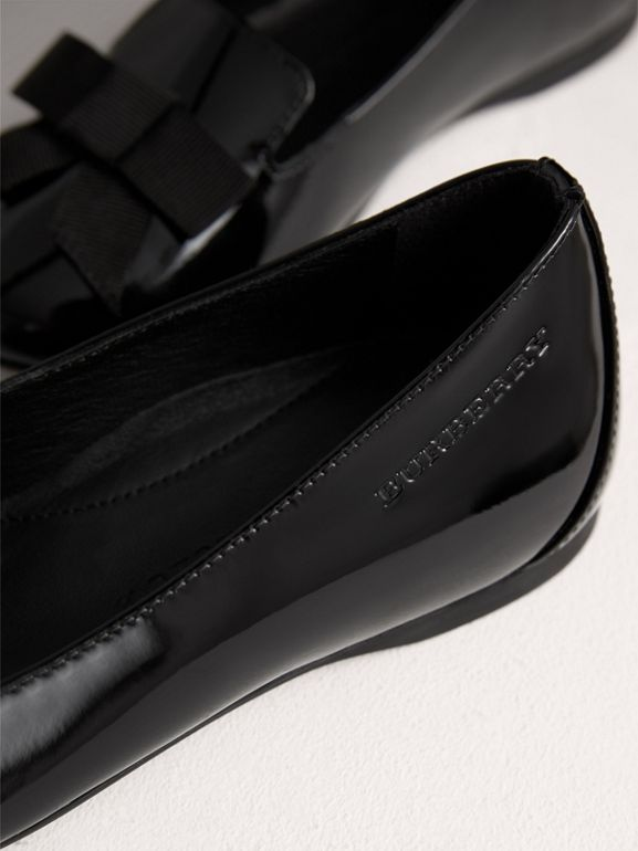 Bow Detail Patent Leather Ballerinas in Black | Burberry Singapore - cell image 1