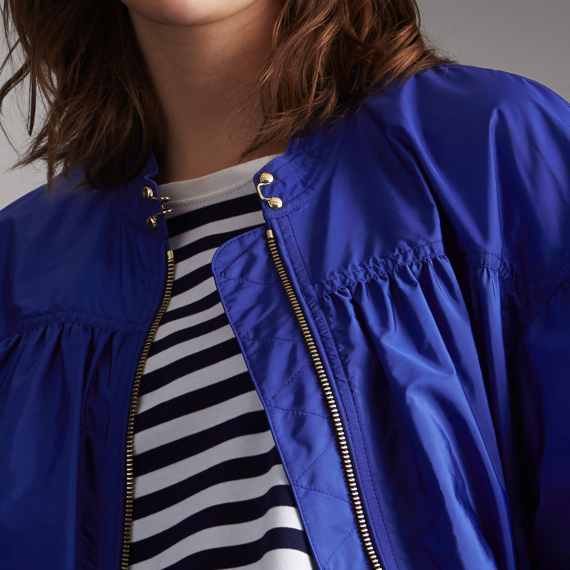 Ruched Showerproof Jacket in Sapphire Blue - Women | Burberry - gallery image 5