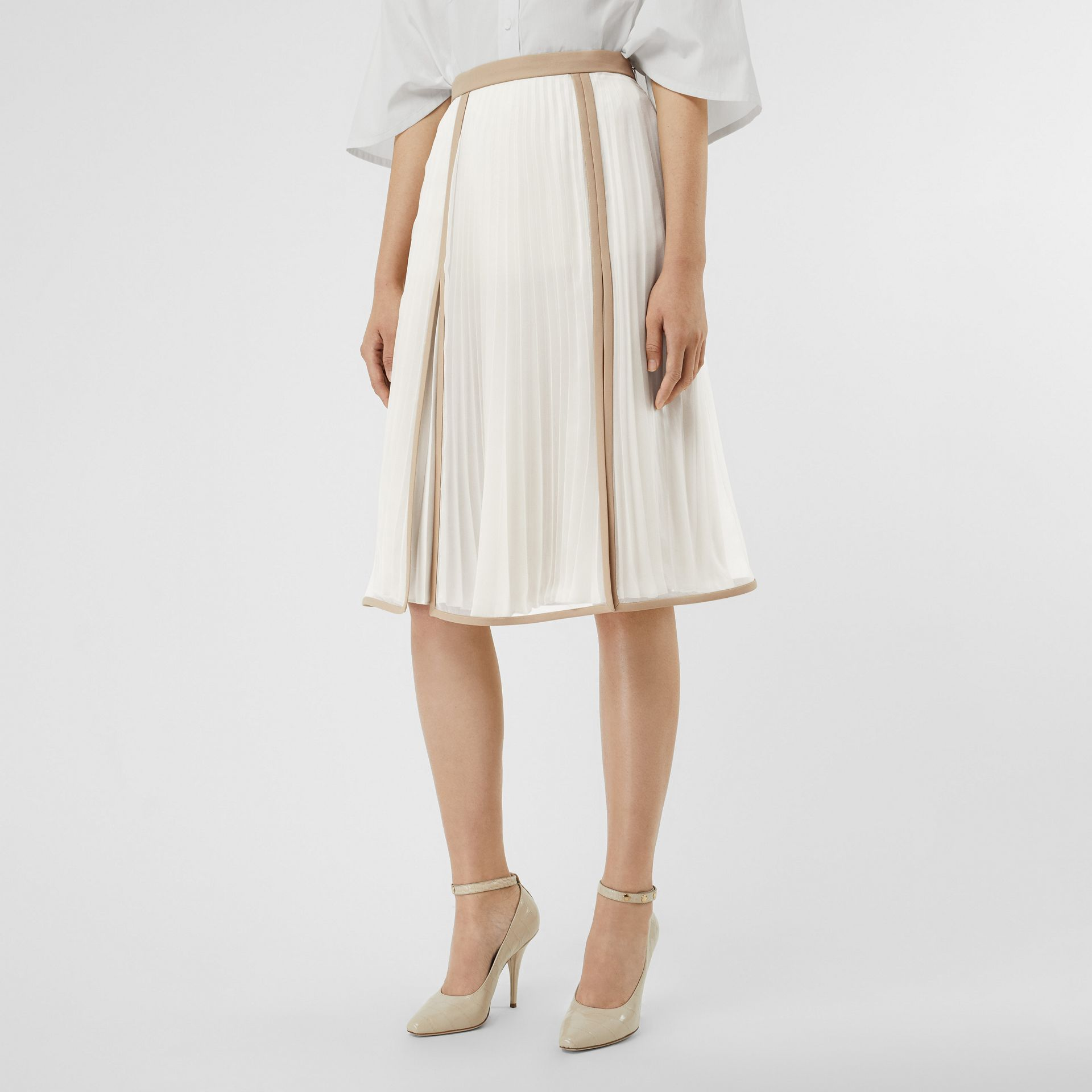 Chiffon Panel Silk Pleated Skirt in Magnolia - Women | Burberry - gallery image 4