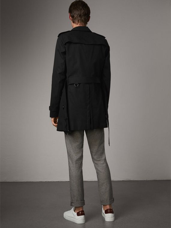 The Chelsea – Mid-length Heritage Trench Coat in Black - Men | Burberry Australia - cell image 2