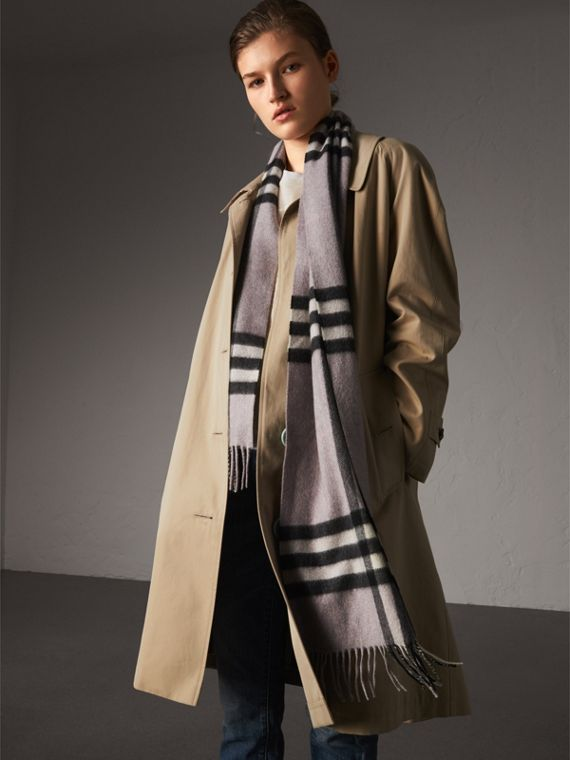 The Classic Cashmere Scarf in Check in Dusty Lilac | Burberry Australia - cell image 2
