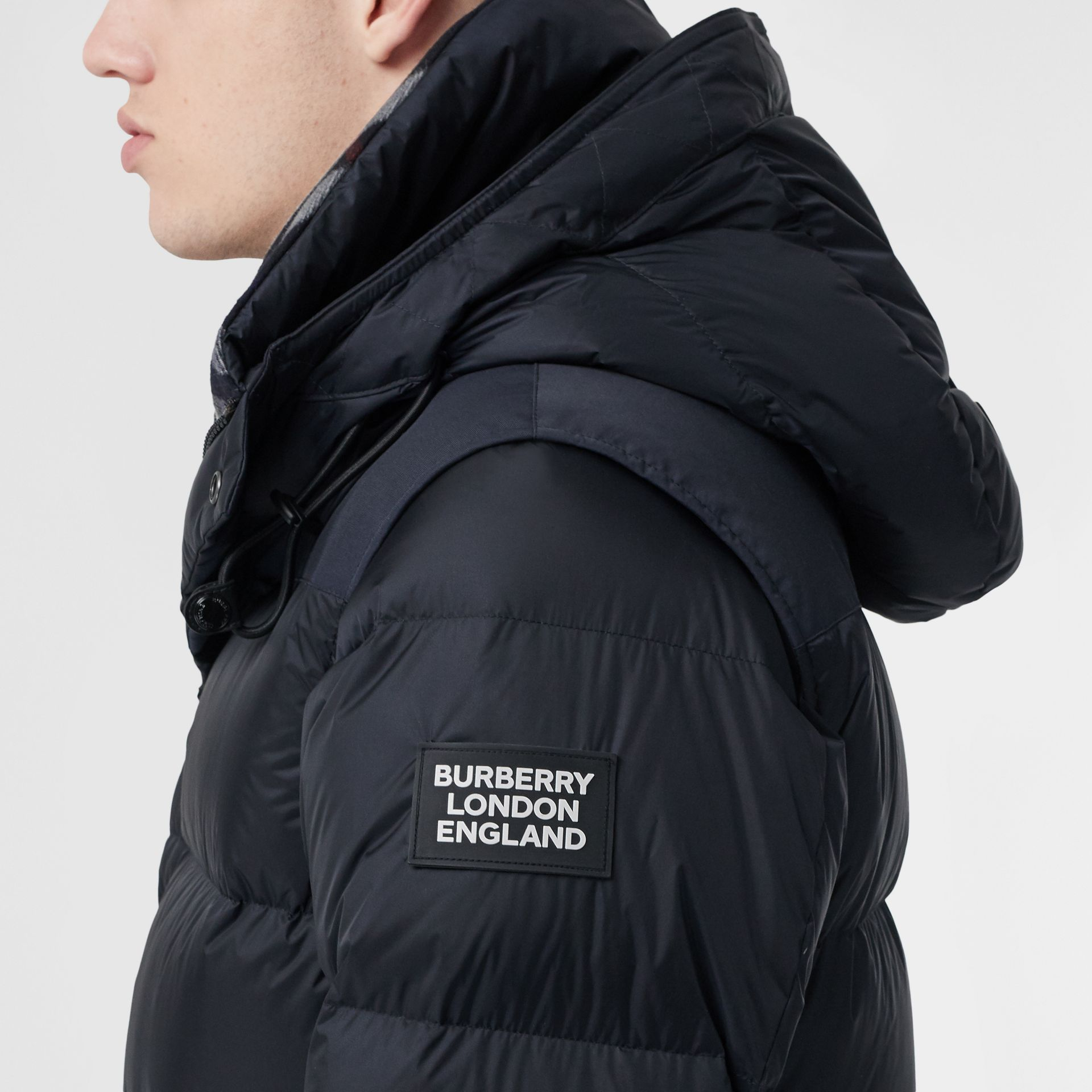 Detachable Sleeve Hooded Puffer Jacket in Navy - Men | Burberry Canada - gallery image 4