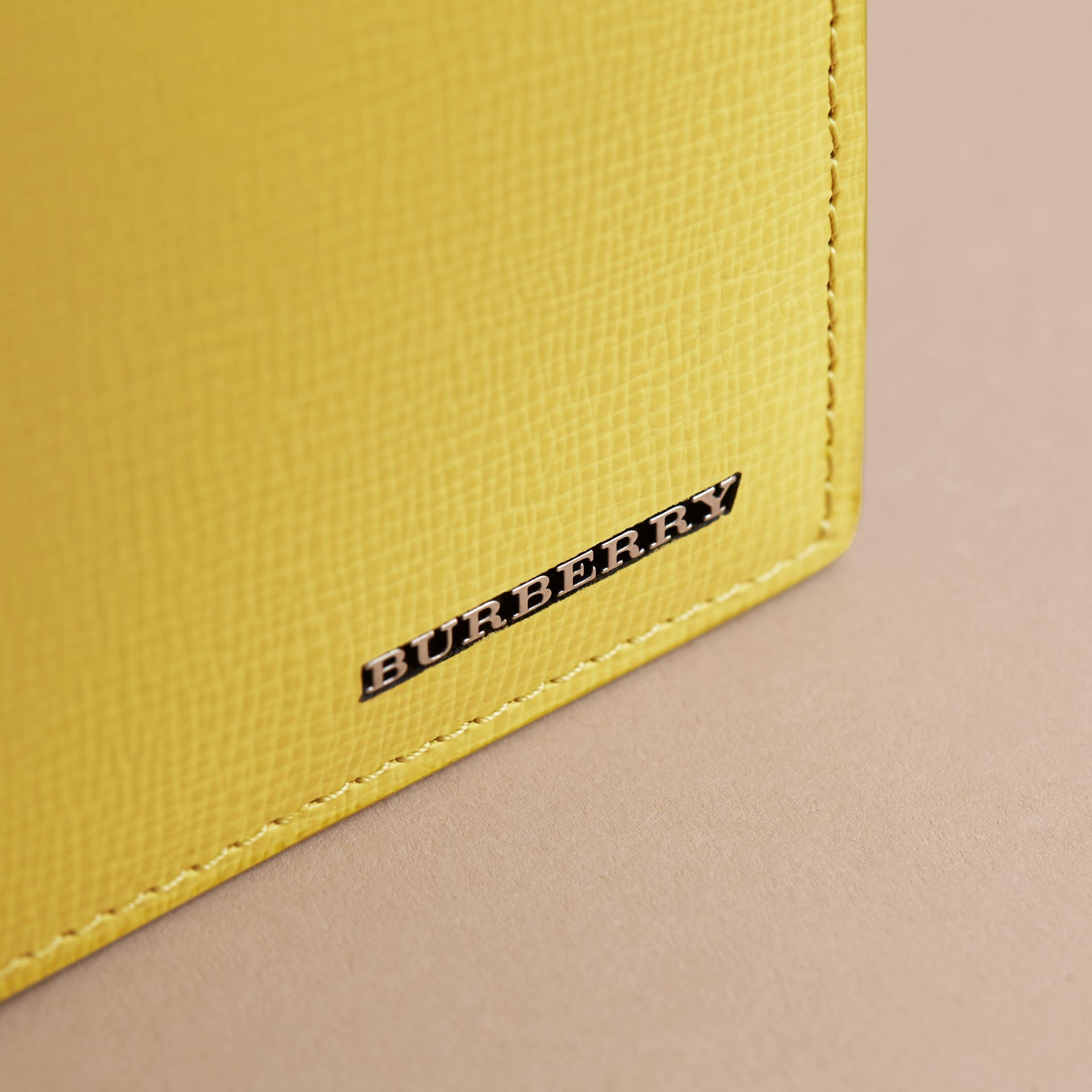 London Leather Folding Wallet in Bright Citrus | Burberry Australia - gallery image 5