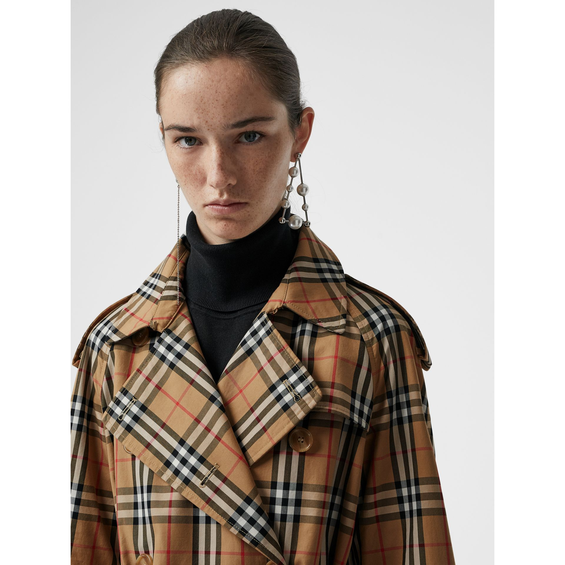 Vintage Check Cotton Trench Coat in Antique Yellow - Women | Burberry Singapore - gallery image 1
