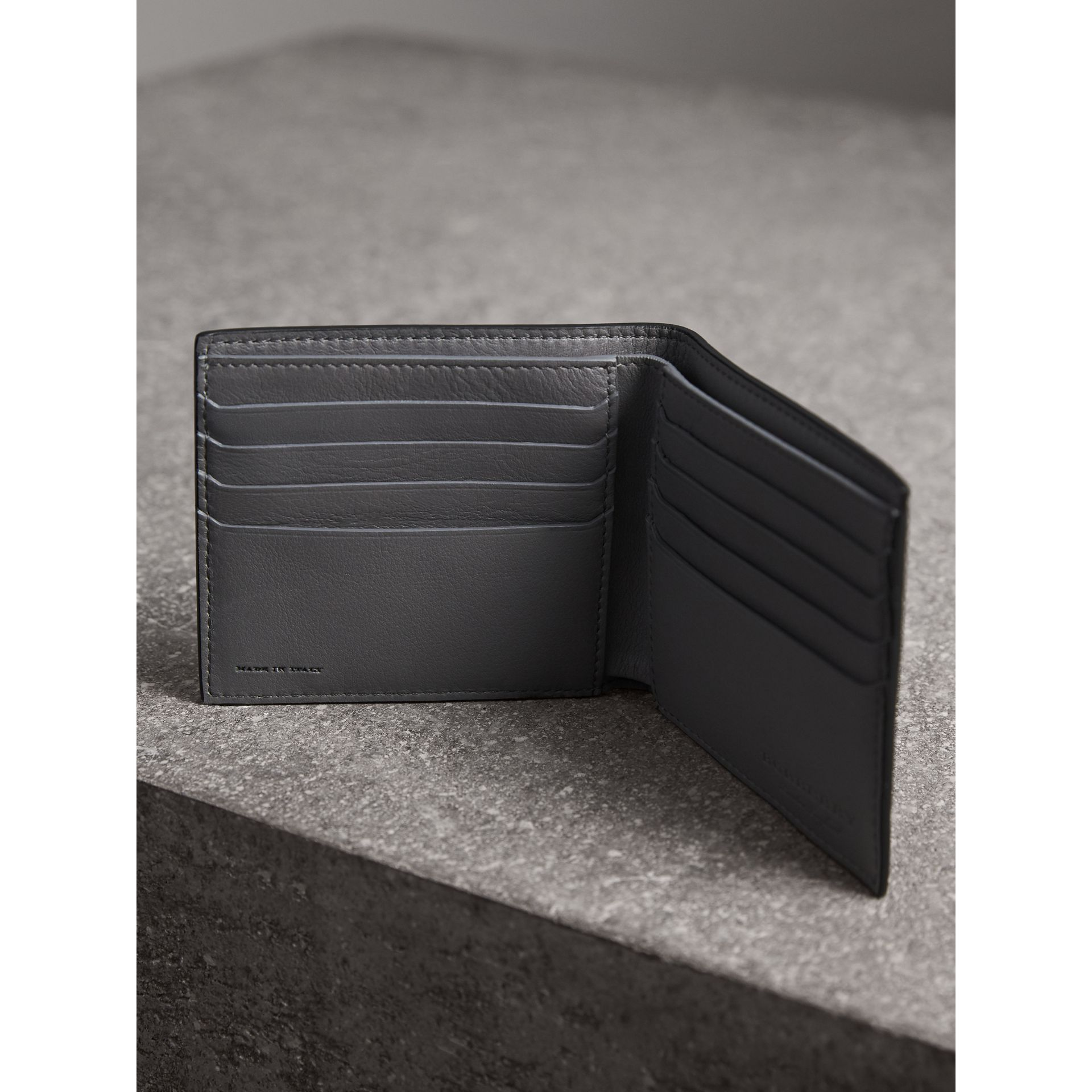 Splash Trench Leather International Bifold Wallet in Black/splash - Men | Burberry - gallery image 4
