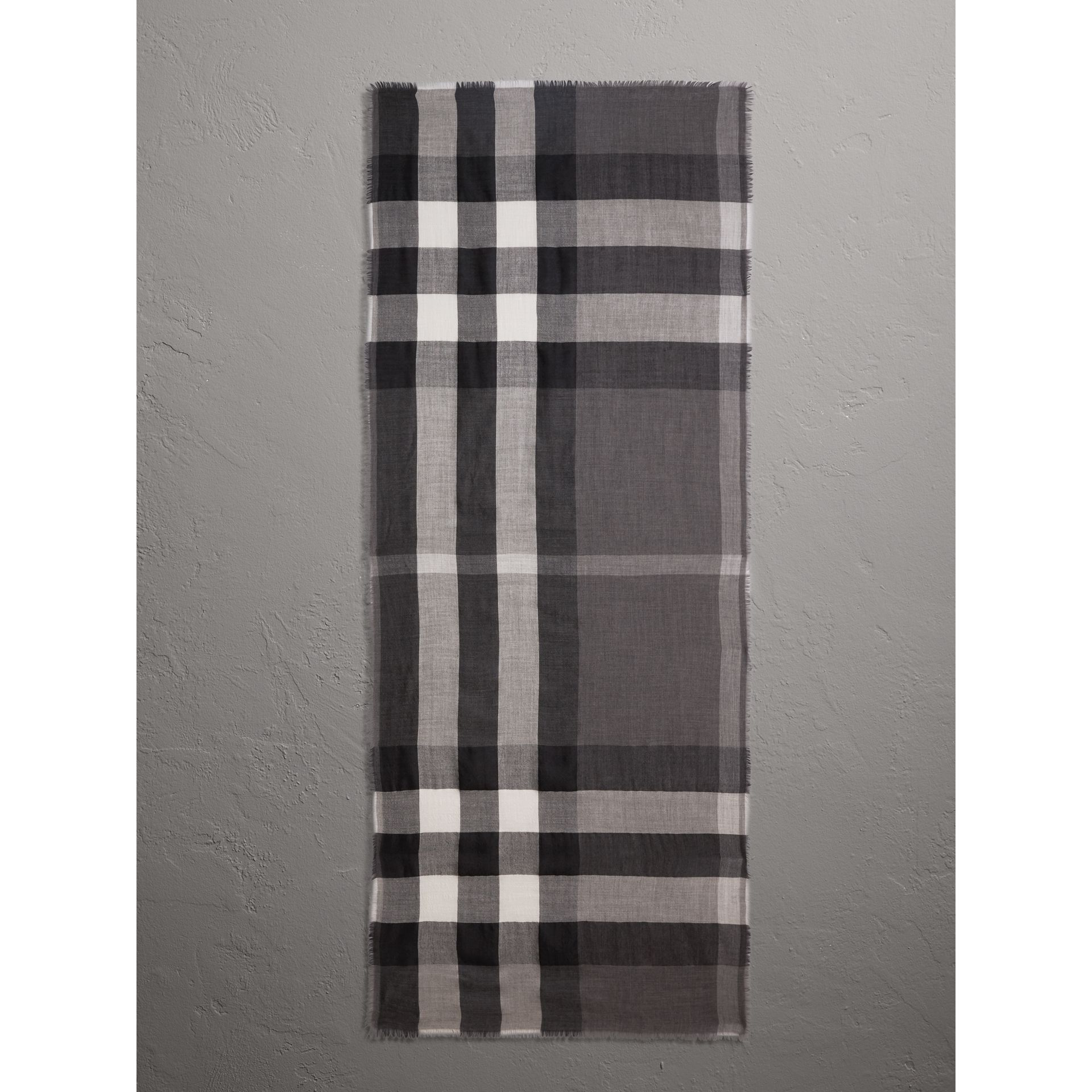Lightweight Check Cashmere Scarf in Mid Grey | Burberry Hong Kong - gallery image 1