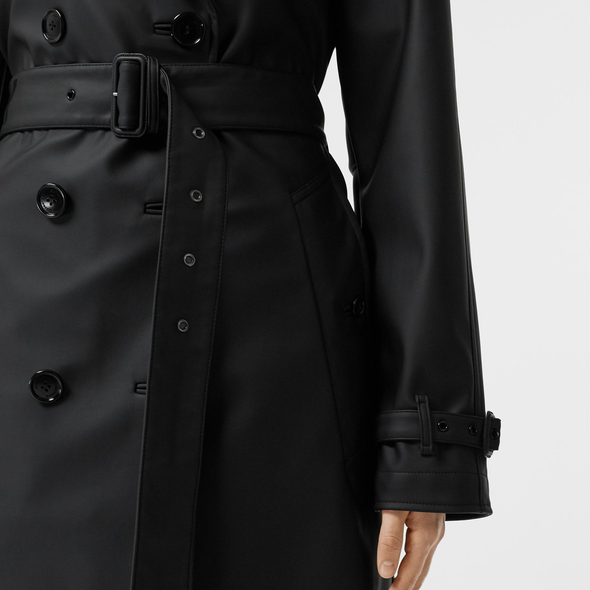 Logo Detail Showerproof Trench Coat in Black/white - Women | Burberry - gallery image 4