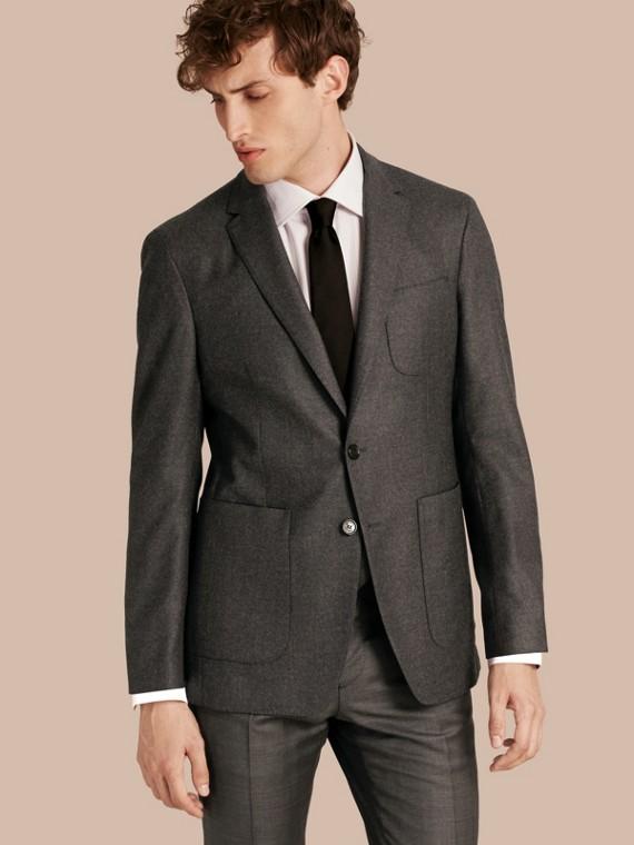 Modern geschnittenes Jackett aus Wolle