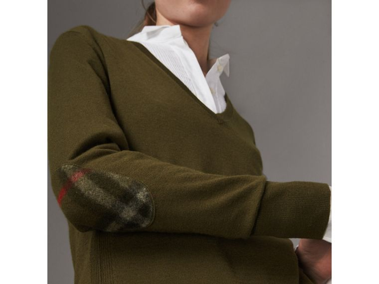 Check Detail Cashmere V-neck Sweater in Khaki Green - Women | Burberry United Kingdom - cell image 1