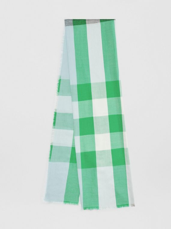 Lightweight Check Cashmere Scarf in Pale Peridot Blue