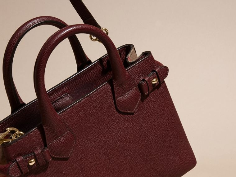 The Small Banner in Leather and House Check in Mahogany Red - Women | Burberry Singapore - cell image 4