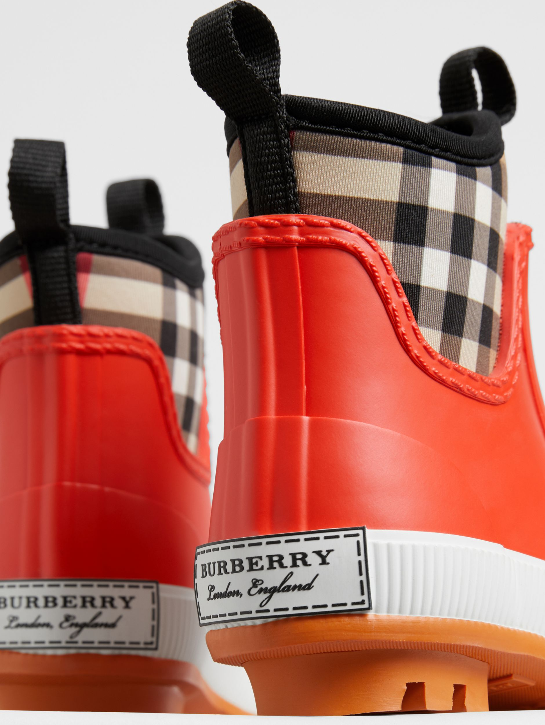 Vintage Check Neoprene and Rubber Rain Boots in Bright Red - Children | Burberry - 2