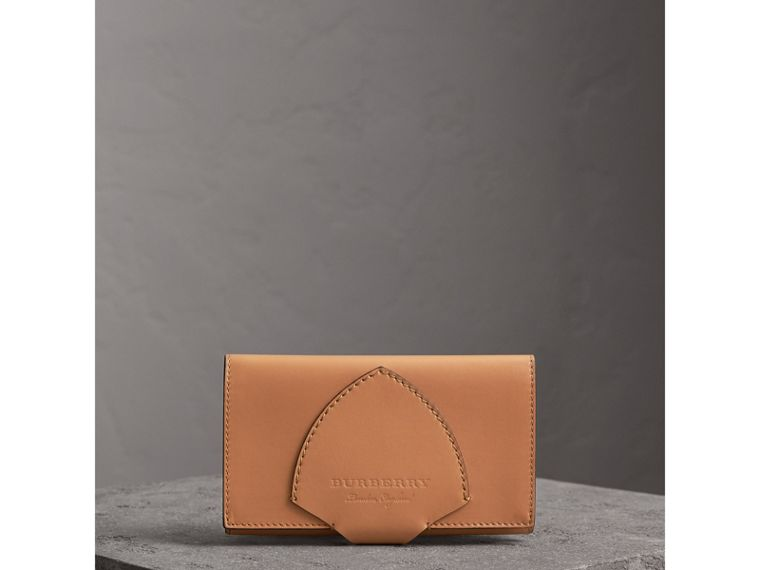 Equestrian Shield Leather Continental Wallet in Camel - Women | Burberry - cell image 4