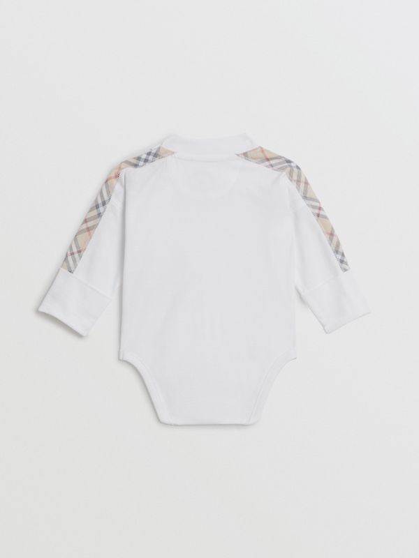 Check Cotton Three-piece Baby Gift Set in White - Children | Burberry Singapore - cell image 3