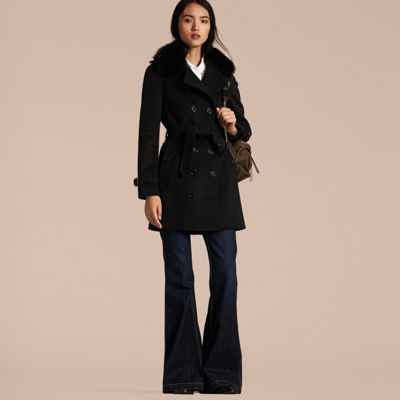 Wool Cashmere Trench Coat with Fur Collar Black   Burberry