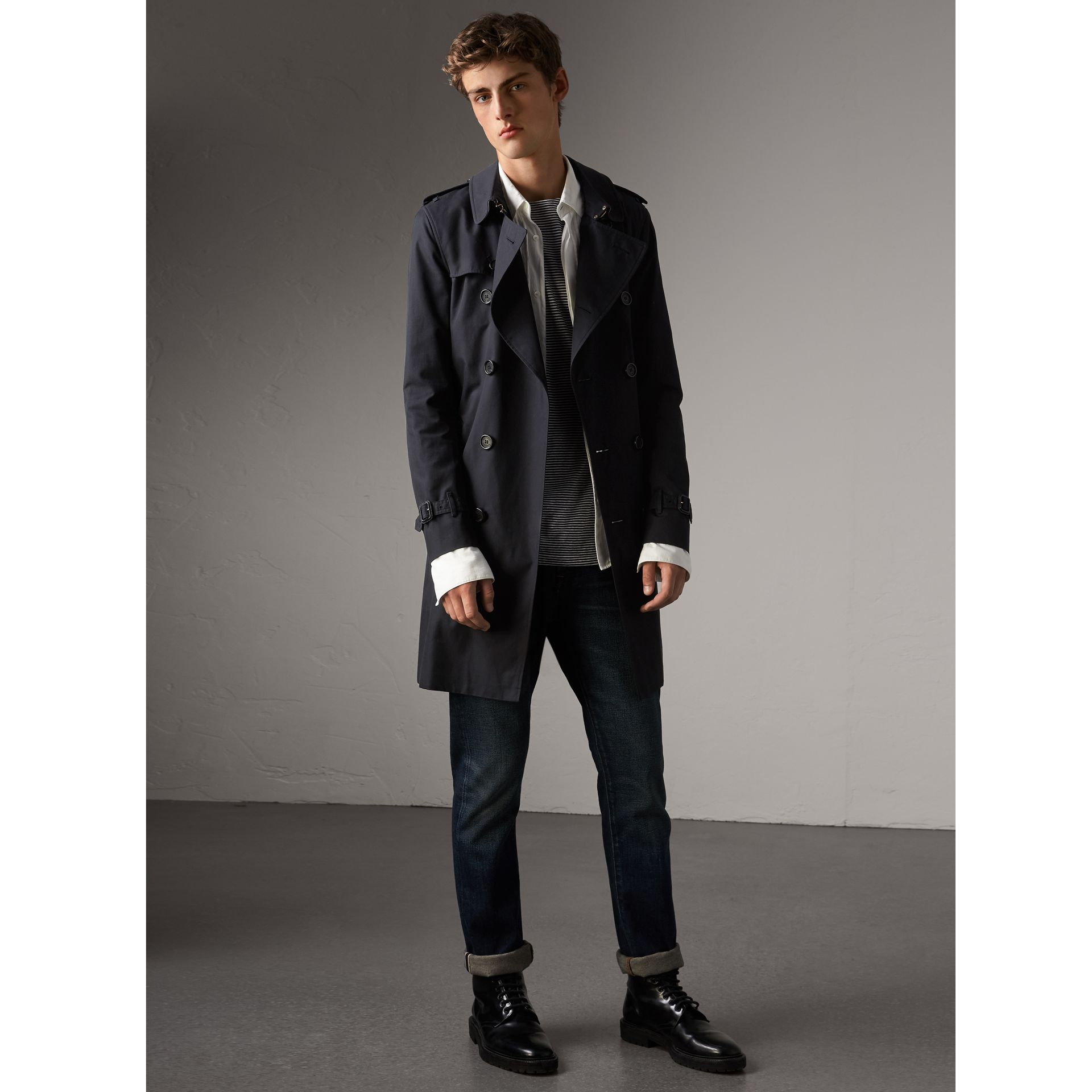 The Sandringham – Long Trench Coat in Navy - Men | Burberry United Kingdom - gallery image 1