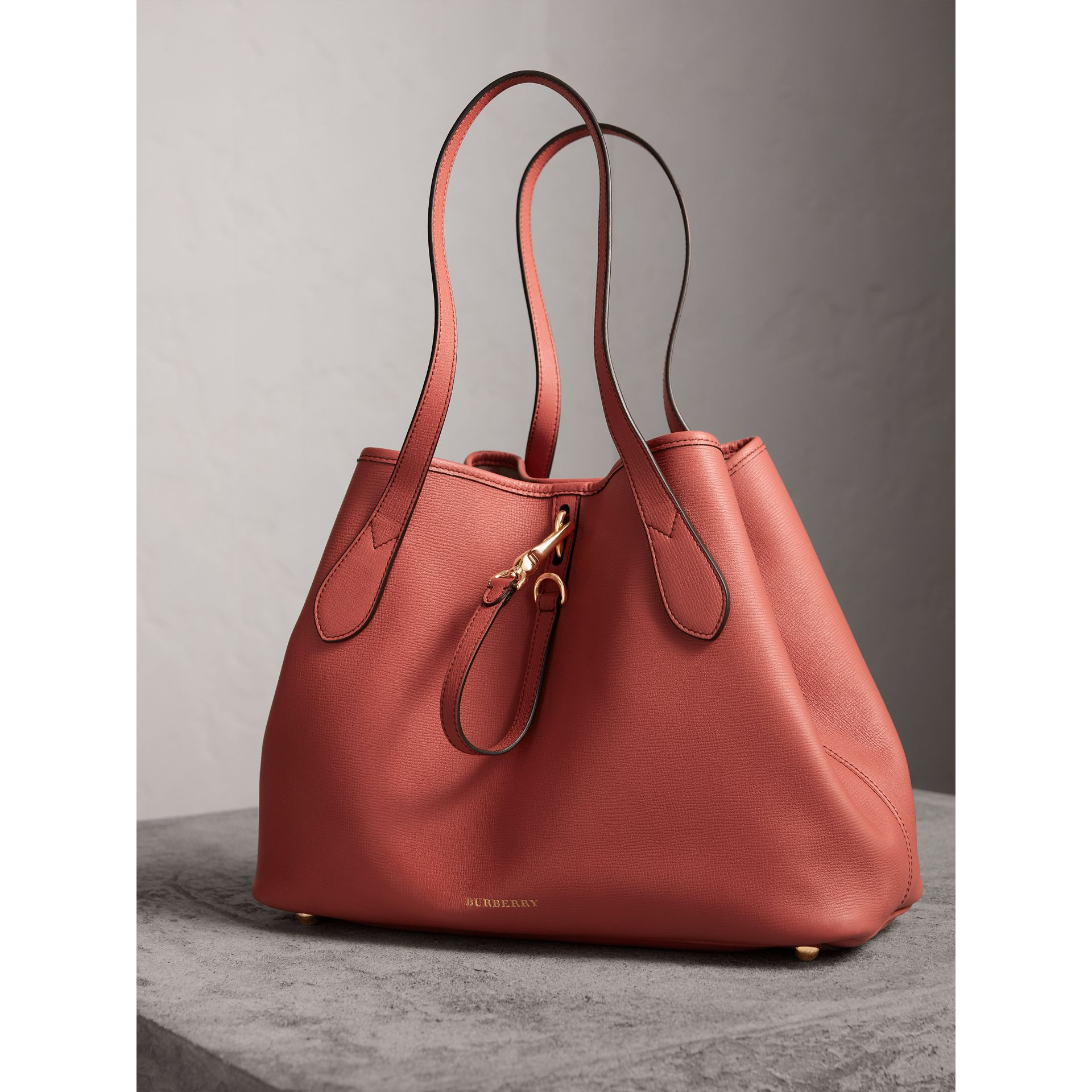 Medium Grainy Leather Tote Bag in Cinnamon Red - Women | Burberry - gallery image 6