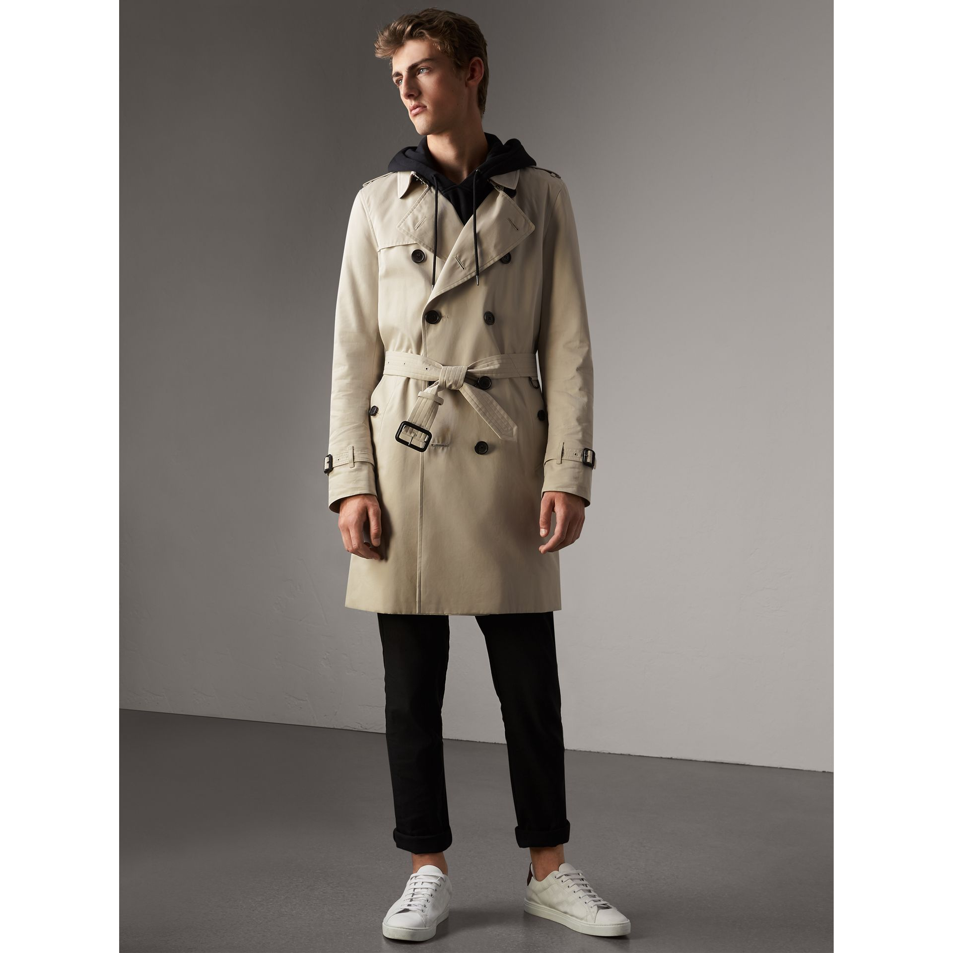 The Kensington – Long Trench Coat in Stone - Men | Burberry - gallery image 7