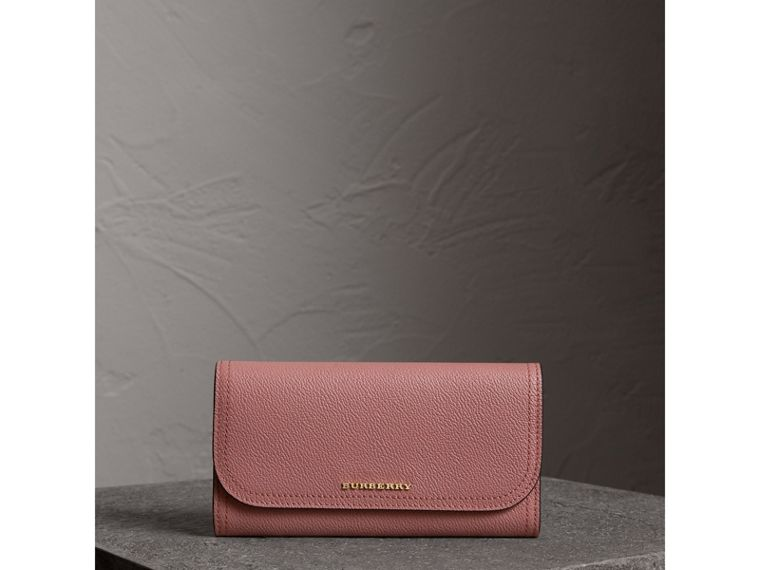 Grainy Leather Slim Continental Wallet in Dusty Pink - Women | Burberry - cell image 4