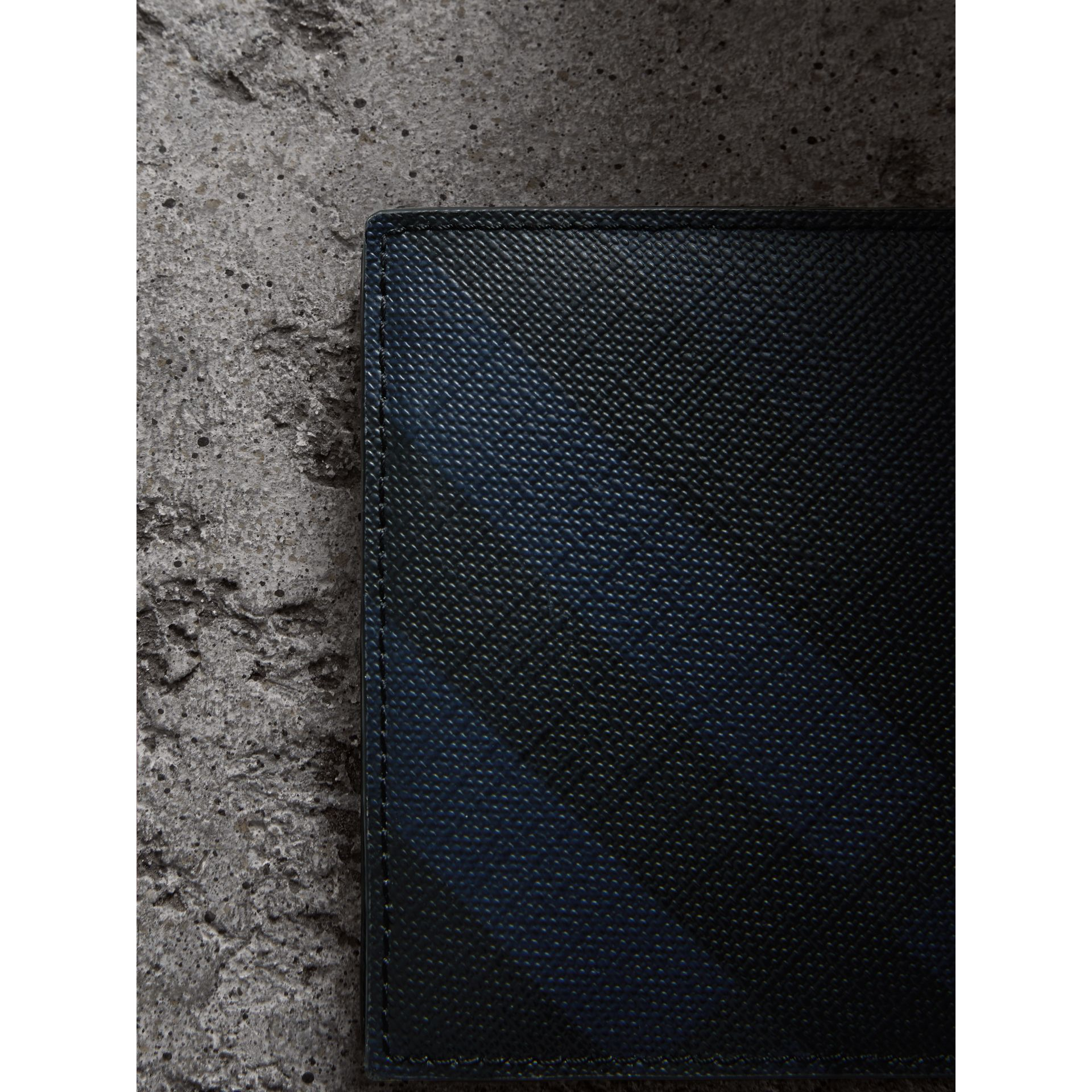 London Check International Bifold Coin Wallet in Navy/black - Men | Burberry Canada - gallery image 1