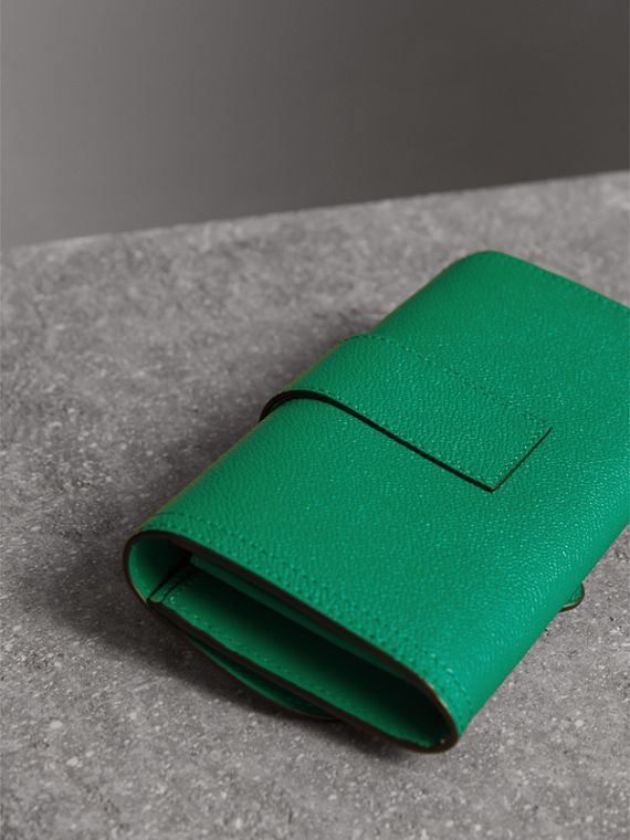 Textured Leather Continental Wallet in Bright Pigment Green - Women | Burberry Australia - cell image 3