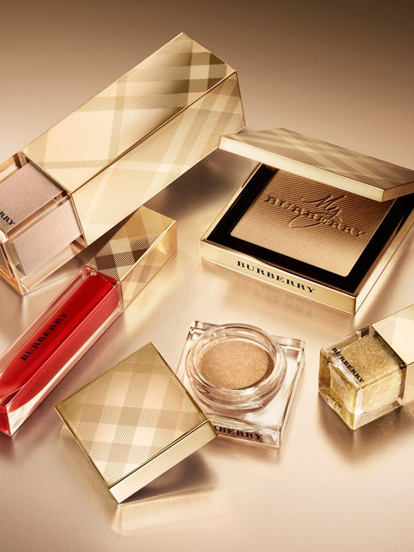 Gold Glow Fragranced Luminising Powder – Gold No.01 Limited Edition - Women | Burberry United States - cell image 2