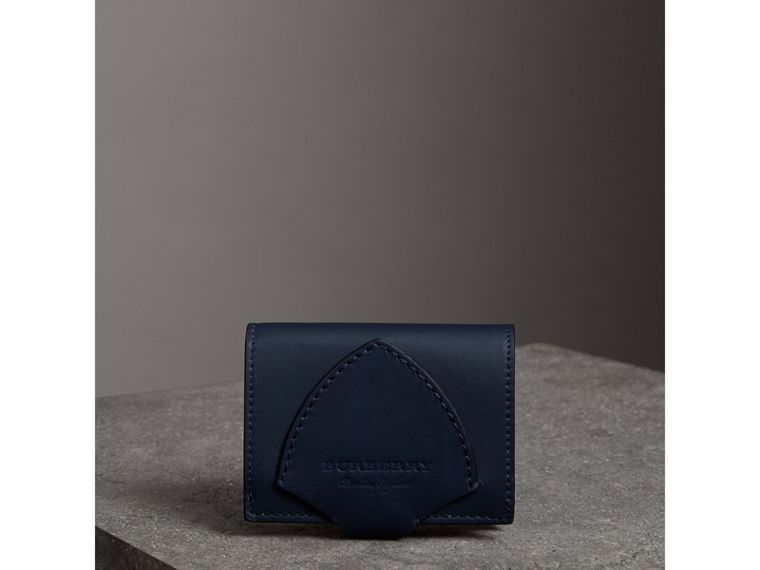 Equestrian Shield Leather Continental Wallet in Mid Indigo - Women | Burberry United Kingdom - cell image 4