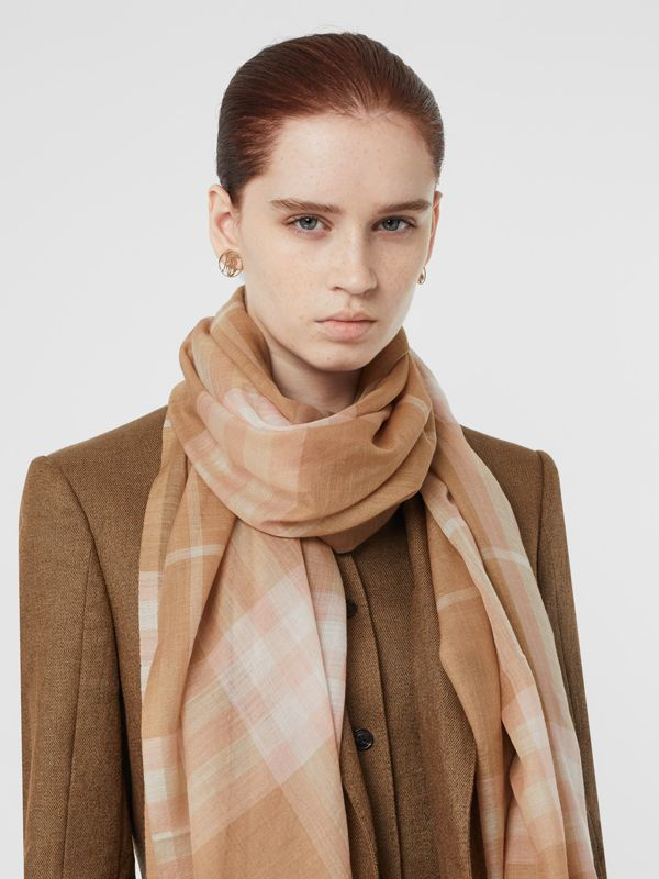 Lightweight Check Wool and Silk Scarf in Fawn | Burberry - cell image 2